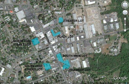 Public parking lots in Sebastopol. The Chamber and South High street lots are near the bottom of the image.