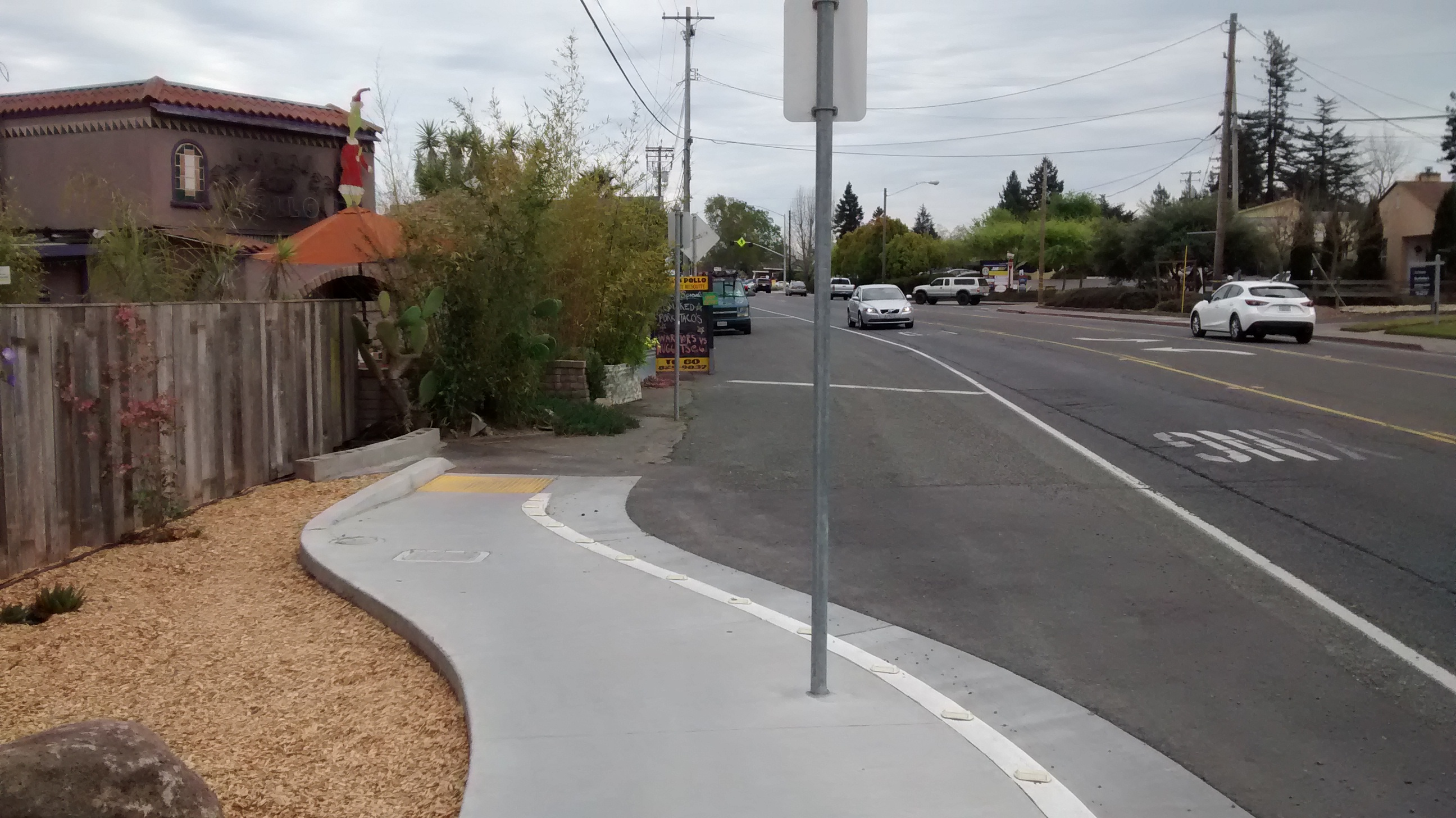 One of the stretches of 'missing' sidewalk on Gravenstein Hwy South